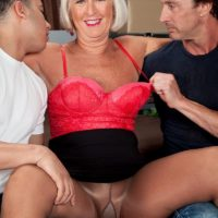 Milfs likes it big porno pictures for