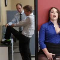 Brunette secretary Lola Foxx taking ass fucking in office after giving big cock oral sex
