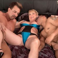 Leggy over 50 blonde MILF Honey Ray fucking 2 guys with big cocks in MMF 3some
