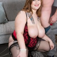 BBW pornstar Busty Emma gets around to giving a blowjob after being stripped