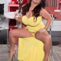Plump brunette model Stephanie Stalls unleashing huge knockers and big butt