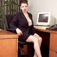 European MILF pornstar Desirae flashing big upskirt ass in office wearing high heels