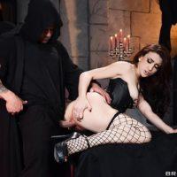 MILF pornstar Mandy Muse taking anal fucking in black fishnet stockings