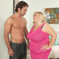 Blonde BBW Cassie Blanca has her pussy licked out after being stripped naked