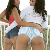 Ebony chicks Soleil Hughes and Kandee Lixxx flaunt their big asses ...