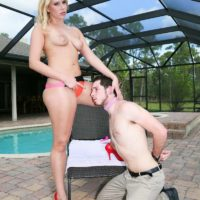 Leggy blonde wife Vanessa Cage makes her husband wear a collar while worshiping her