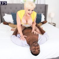 Platinum blonde granny Seka Black sucks off a younger man's massive black dick