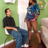 Thick black chick Aaliyah Envy twerks her big booty while seducing a her man friend