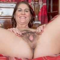 Amateur model Kaysy showcases her natural pussy after removing black lingerie