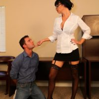 Dark haired wife Angie Noir wields a crop before having her pussy worshipped