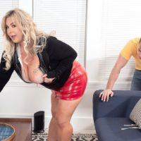 Blonde BBW Amanda Remington uncorks her juggs during seduction action in a latex mini
