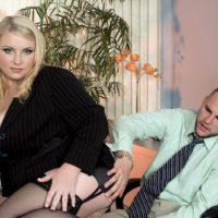Fat platinum-blonde secretary Scarlett Rouge seducing her manager for sex on her work place desk