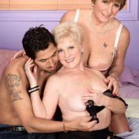 Granny pornstar Bea Cummins and mature lady Jewel treat a boy to a threesome