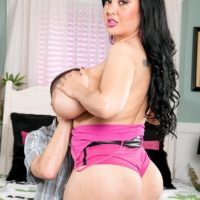 Latina female Daylene Rio seduces a man with her plus-sized ass and enormous boobies