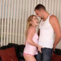 Flexible strawberry blonde teen Tatum Bailey sucks and fucks a large cock