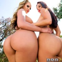 MILF sex industry stars Phoenix Marie and Ava Addams do XXX anal during a threeway